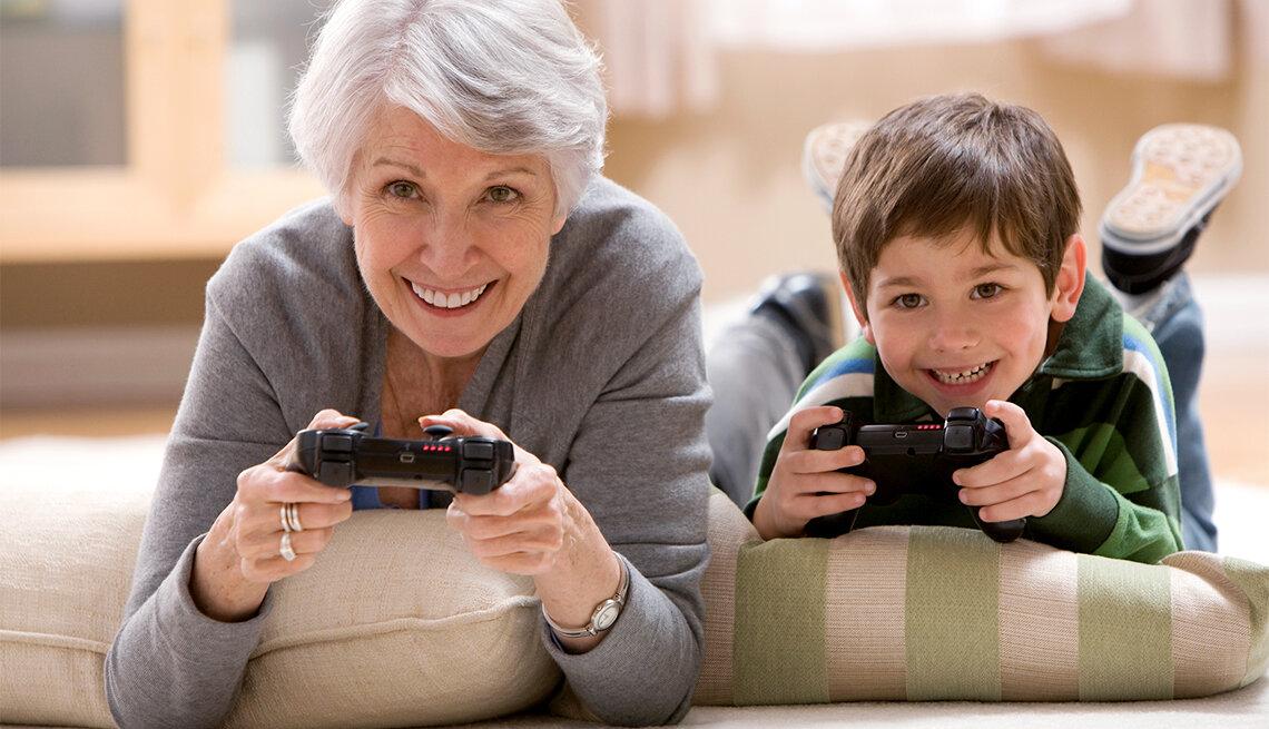 Во сколько вы в первый раз оставляли ребенка с бабушкой или няней?