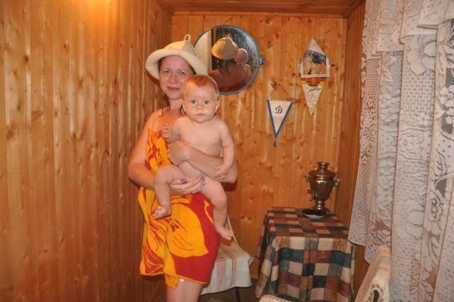 Баня после родов (можно ли кормящим в баню)