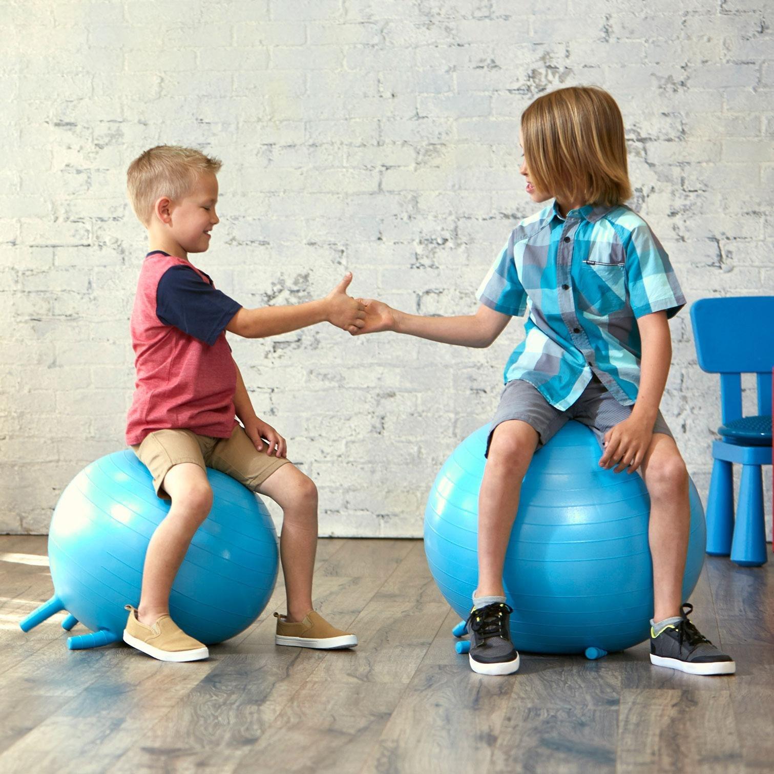 """Упражнения на фитболе для грудничков – 10 важных упражнений — """"fito"""" — красота и здоровье"""
