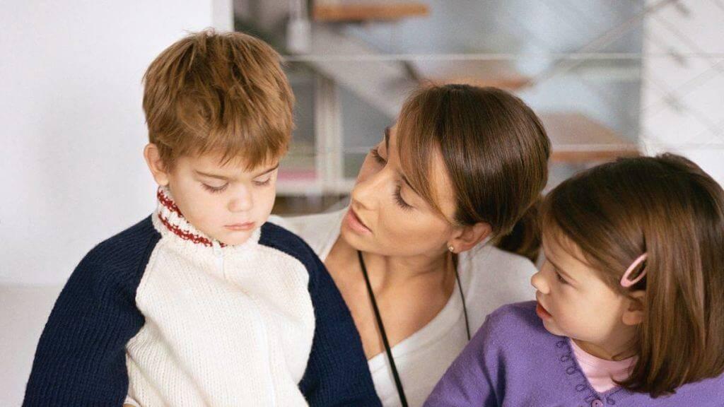 Кричат на ребенка в детском саду. узнали, что делать родителю