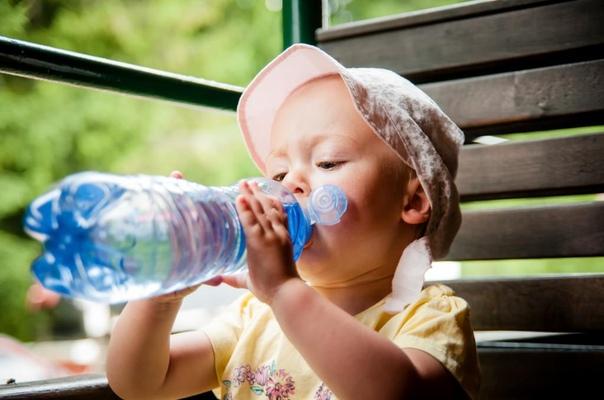 Где искать спасение от жары с маленьким ребенком?