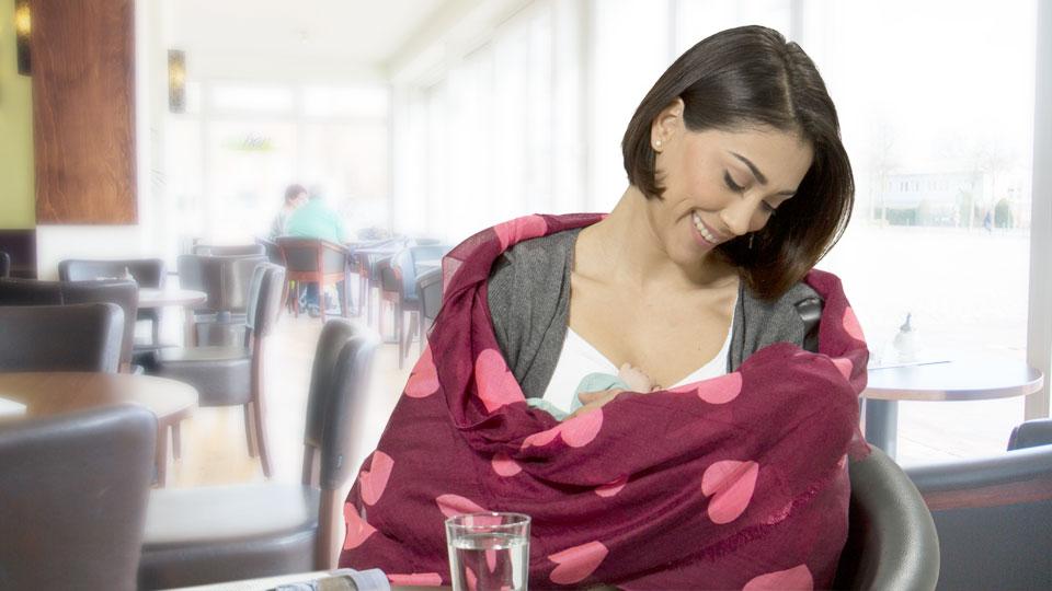 Можно ли кормить грудью на улице | уроки для мам