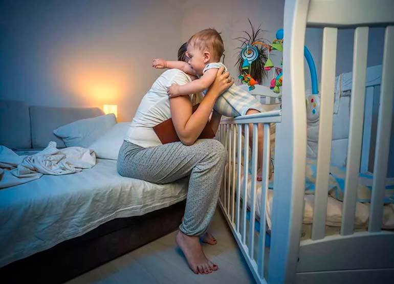 Ребенок беспокойно спит и много ворочается - причины расстройства сна