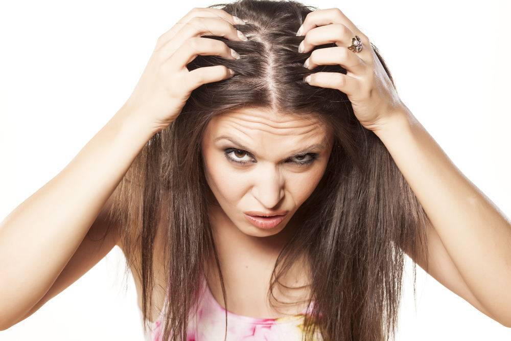 Почему после родов выпадают волосы и как это остановить
