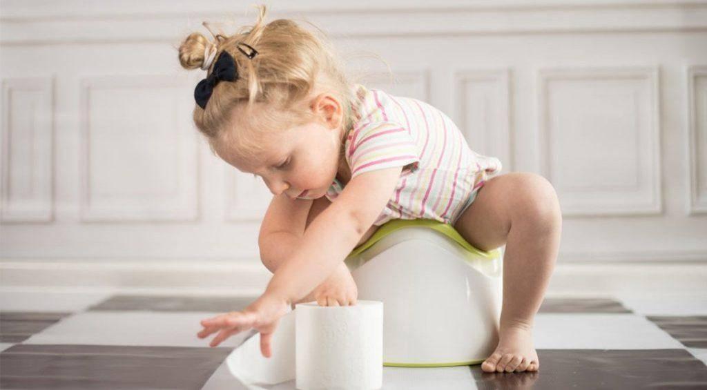 Что делать, если ребенок не хочет ходить на горшок? ребенок не садится на горшок