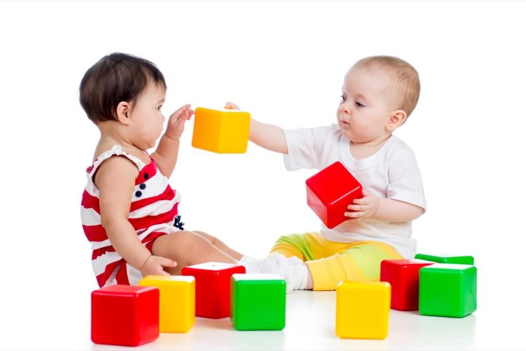 Как научить ребенка формам и цветам: 10 шагов в развитии