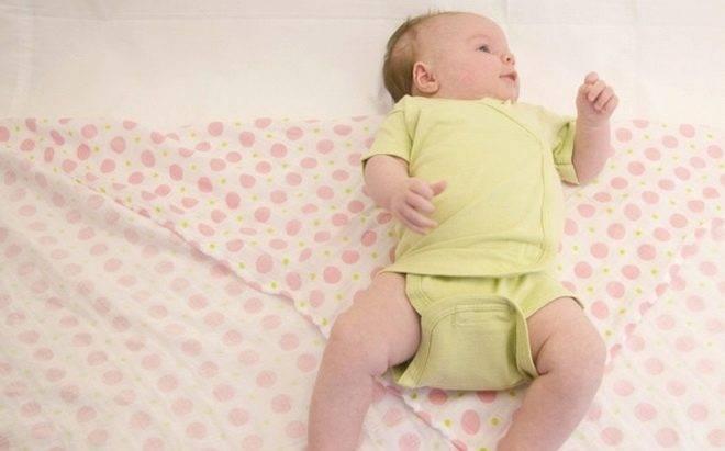 Как отучить ребёнка от пеленания и когда начинать