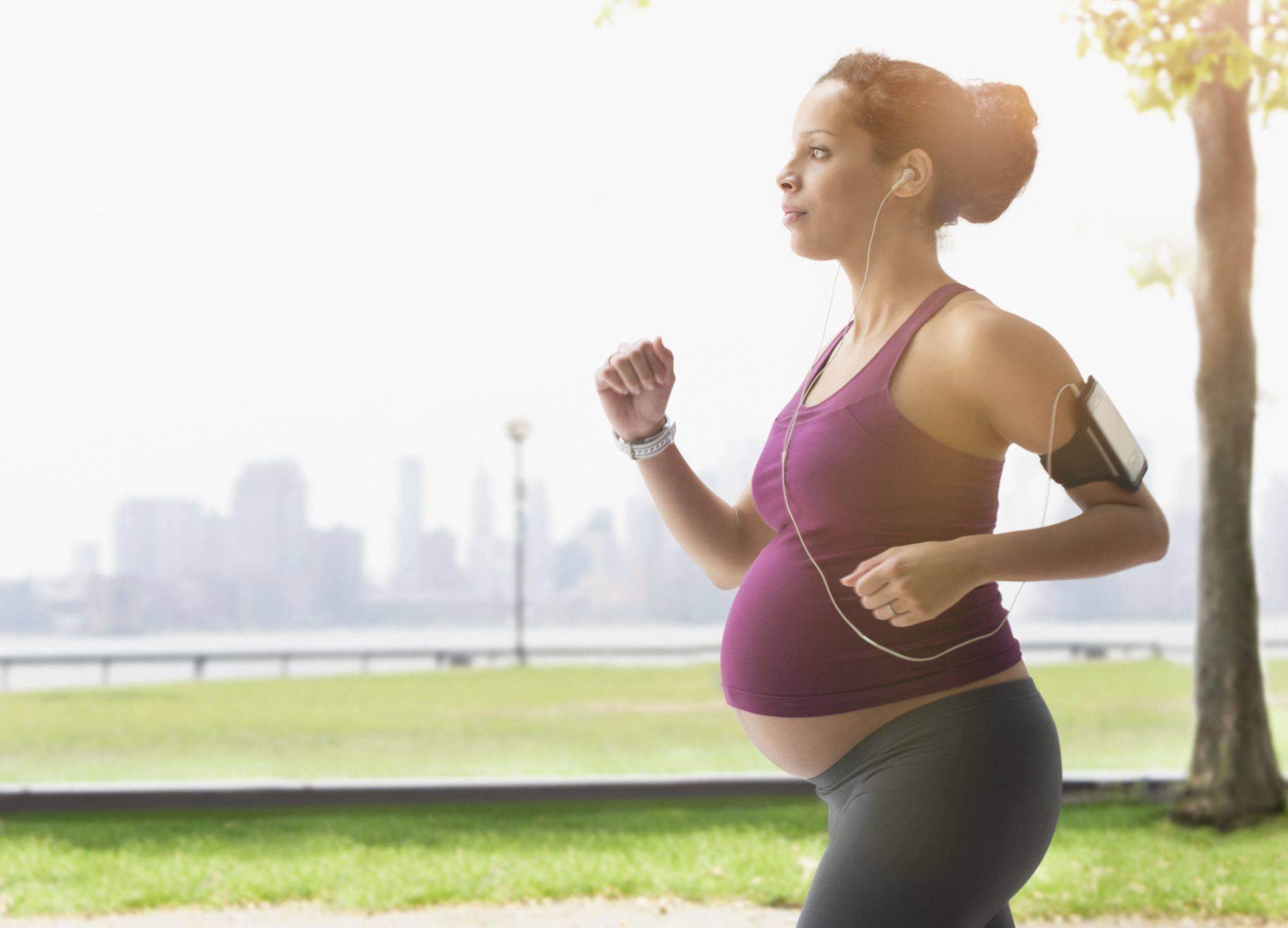 Стесняюсь спросить: я беременна и хочу немного выпить, можно? гинеколог о том, что на самом деле можно, а что нельзя - citydog.by   журнал о минске