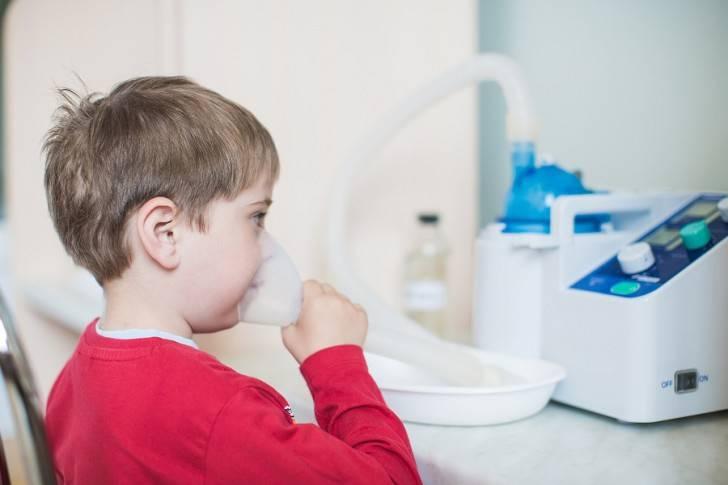 Можно ли делать ингаляции при температуре детям и взрослым?