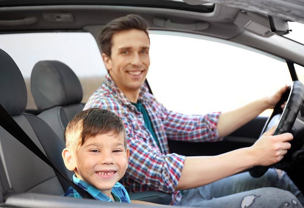 Можно ли ребенка возить на переднем сиденье в автокресле — правила в 2020 году ?