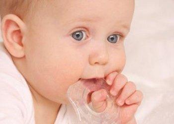 Сколько держится насморк у ребенка при прорезывании зубов