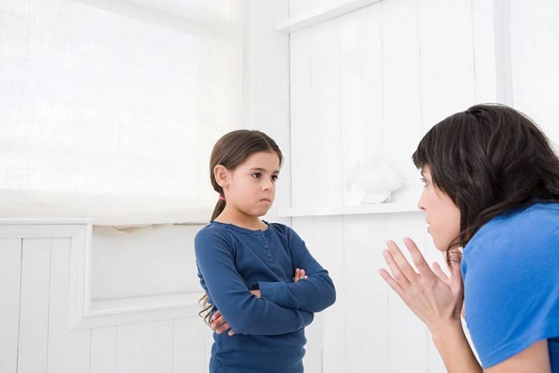Как можно навредить ребенку, если хранить его молочные зубы или волосы