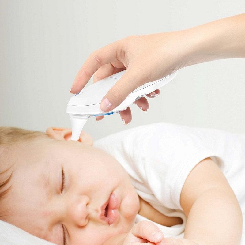 Как правильно чистить уши ребенку - памятка для родителей