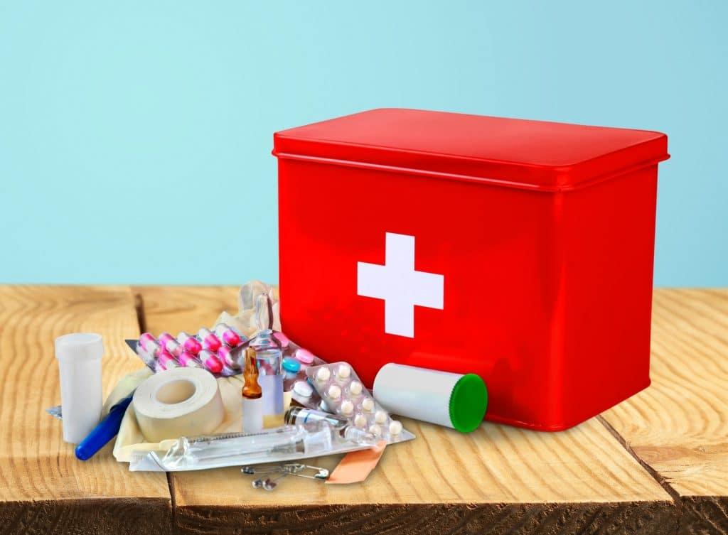 Аптечка для дачи и отпуска за границей: какие препараты взять с собой  блог medical note о здоровье и цифровой медицине