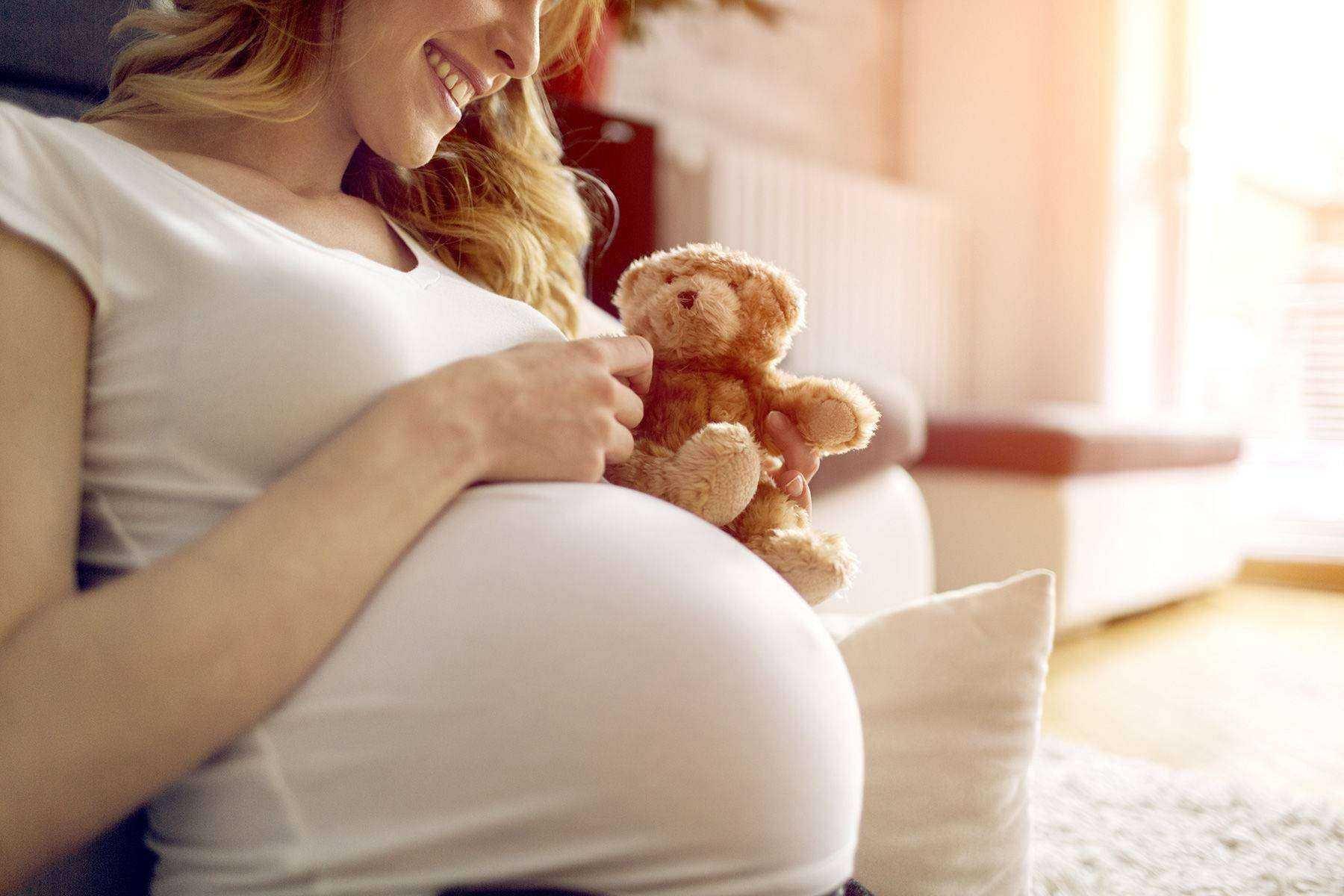 4 способа общаться с ребенком до рождения - советы перинатального психолога