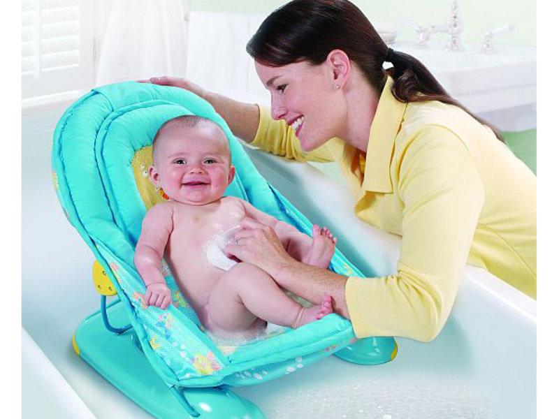 Приспособления и подставки для купания новорожденного: горка, гамак и матрасик в помощь маме