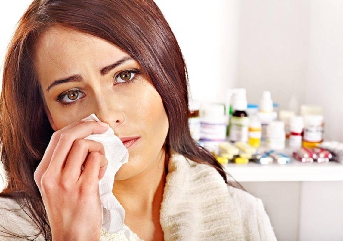 Препараты для лечения насморка у детей: капли, спреи, антибиотики