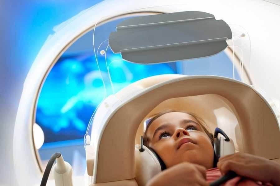 Диагностика головного мозга ребенка при помощи магнитно-резонансной томографии