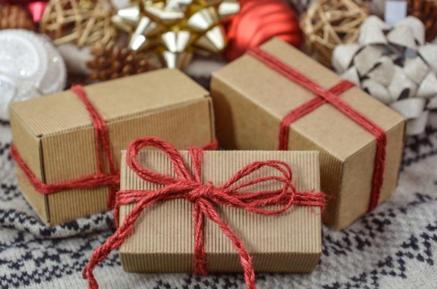 Что подарить внукам на новый год 2021 — идеи для новогоднего подарка от бабушки и дедушки