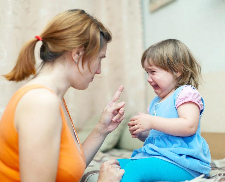 Капризы ребенка: как справиться с капризами и истериками распространенные ошибки не идти на поводу что говорит комаровский про истерики