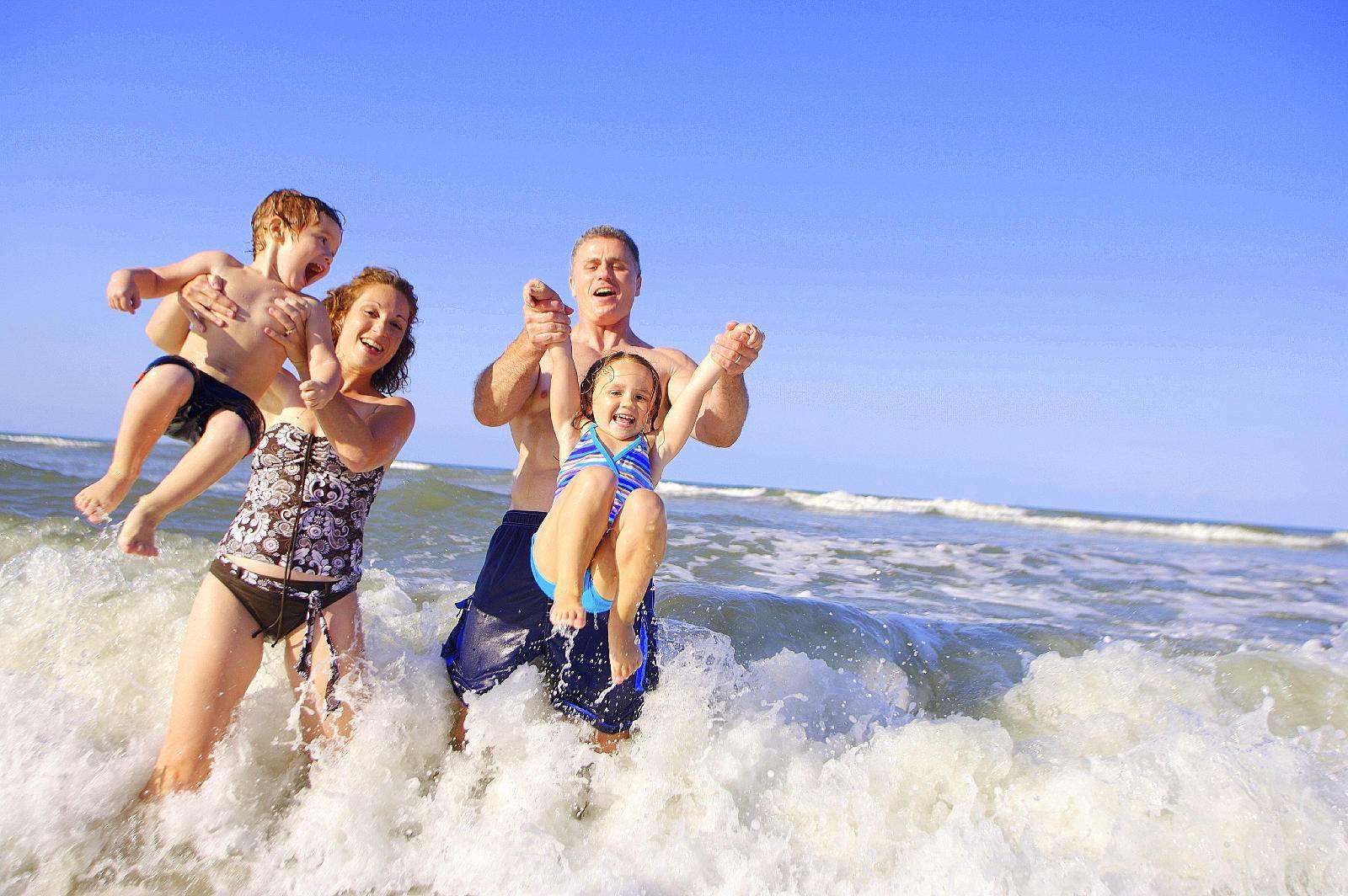 Когда ребенку можно на море ? мнение специалистов