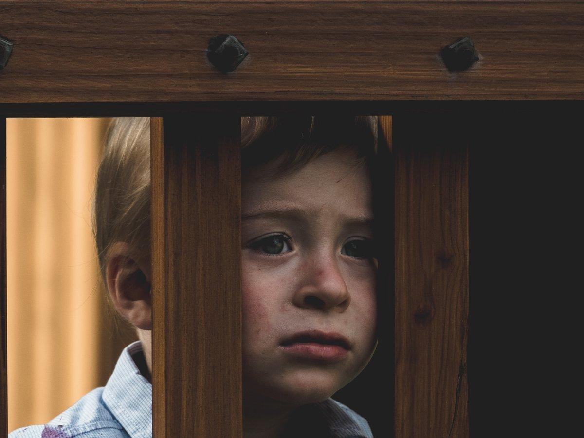 Как приемные родители становятся жертвами своих детей