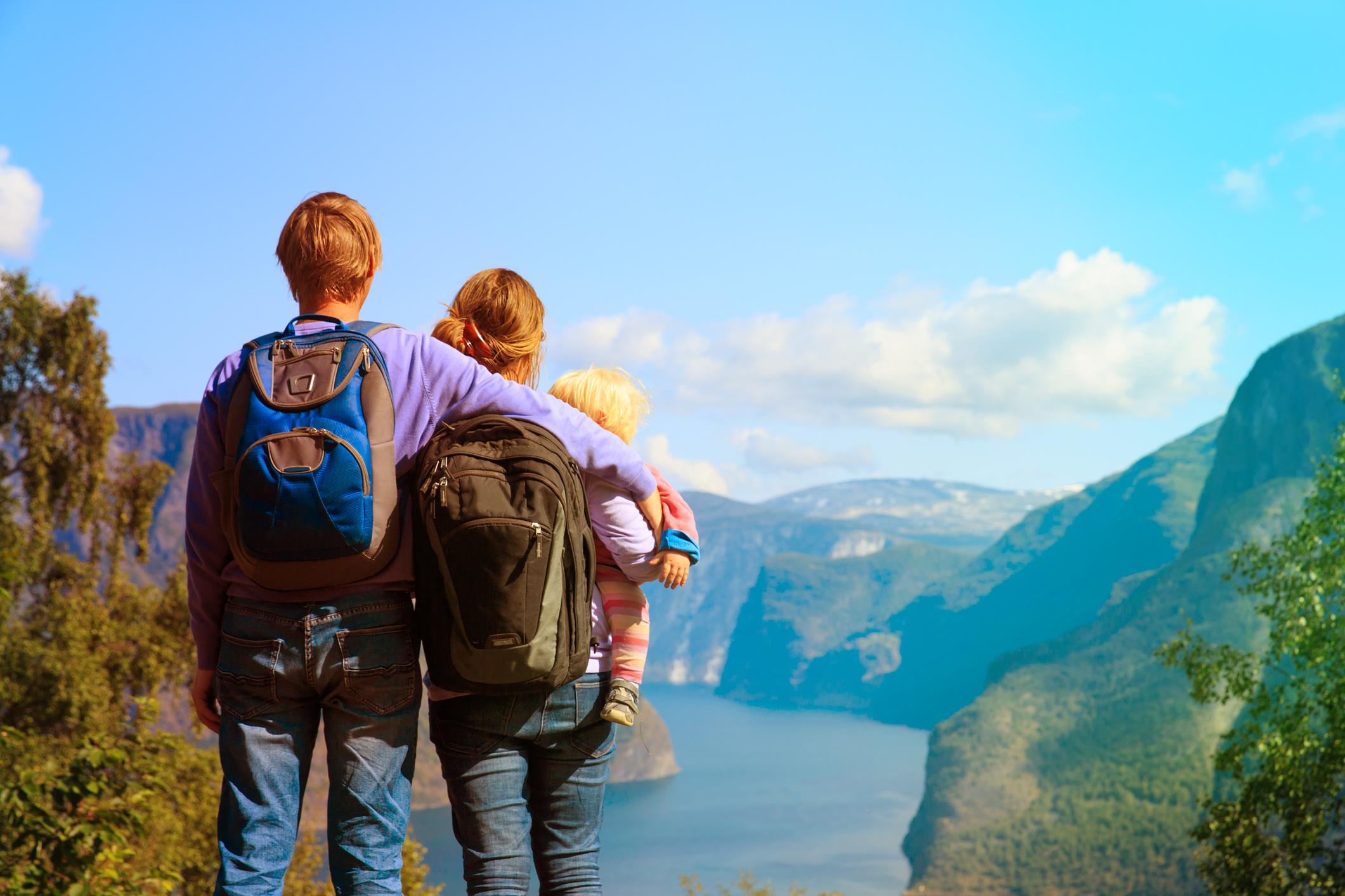 Чем занять ребенка в поездке