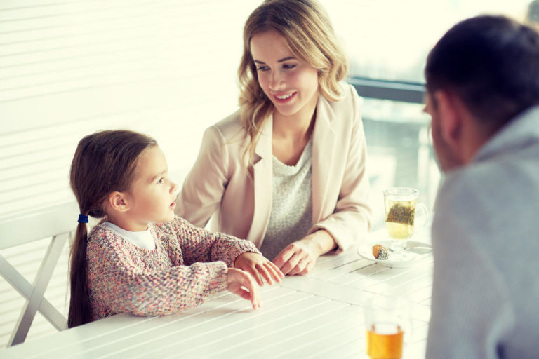 Как воспитать детей счастливыми: методы по воспитанию, советы и рекомендации для родителей, консультация детского психолога