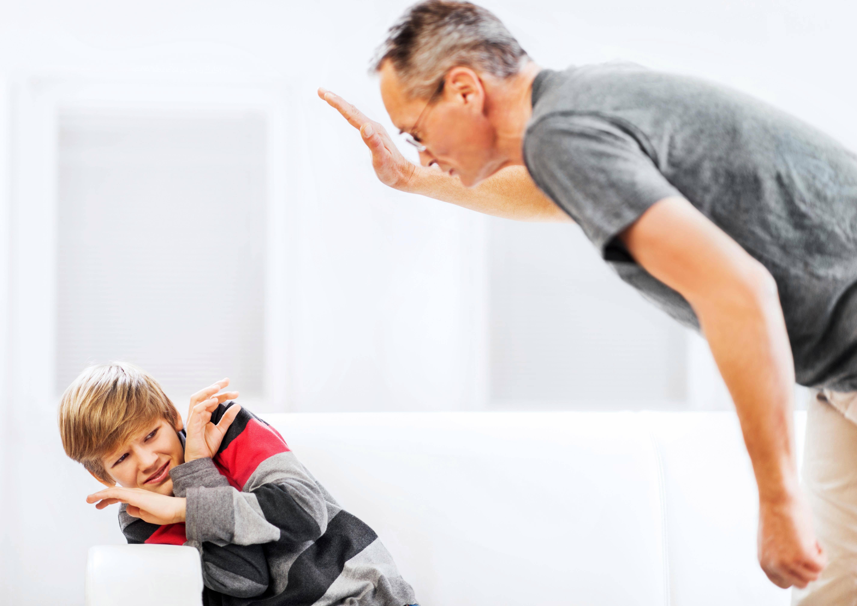 Можно ли бить детей в целях воспитания