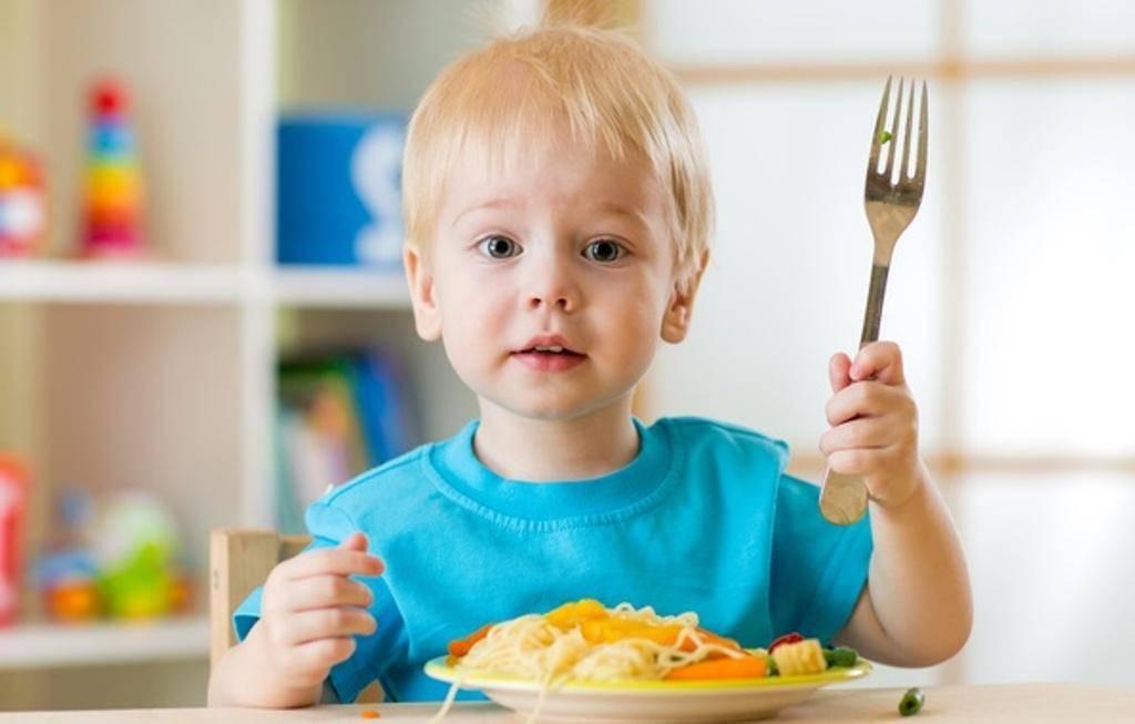 О еде. нельзя заставлять ребенка есть. о воспитании. записки матери