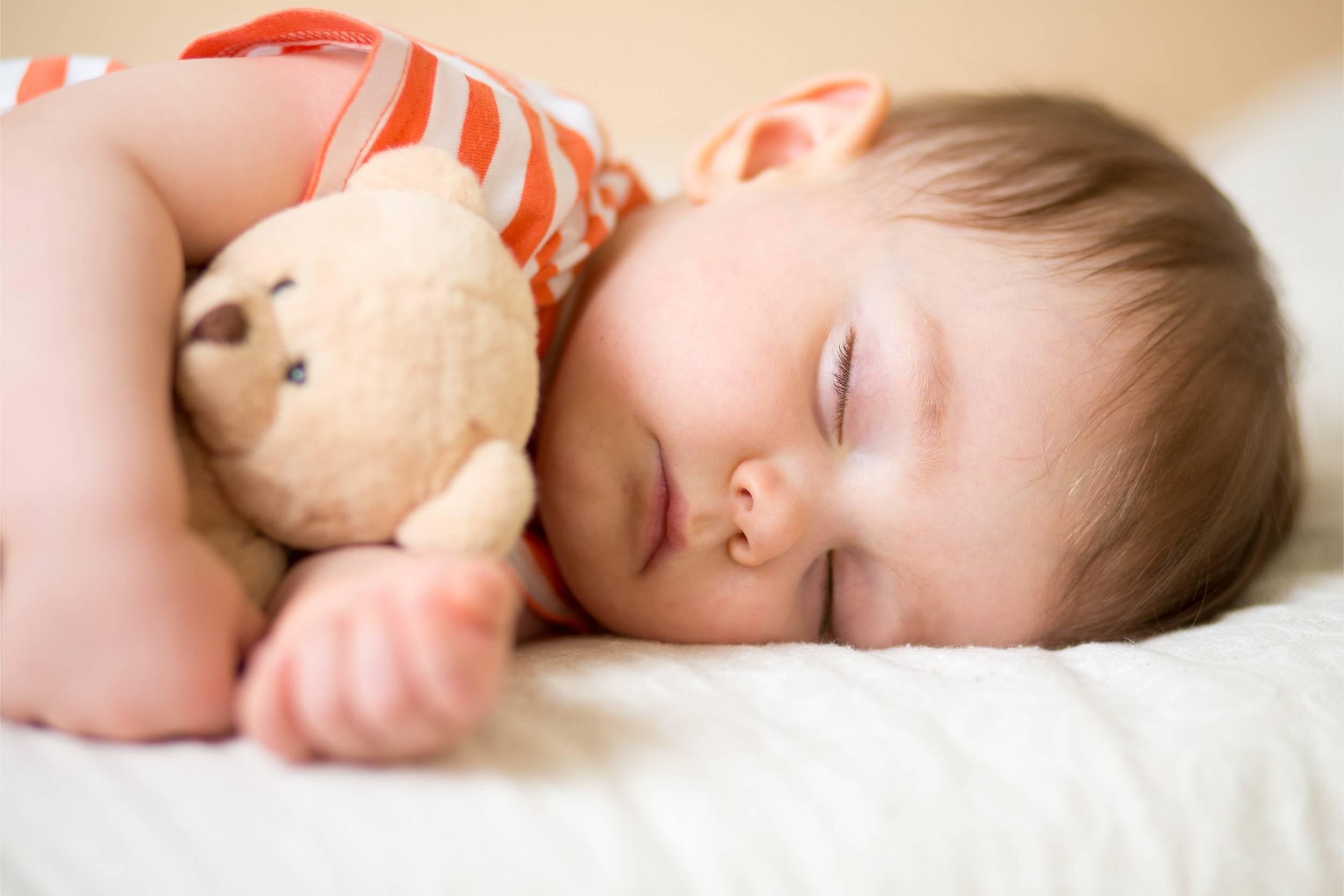 Как уложить ребенка спать без слез и скандалов