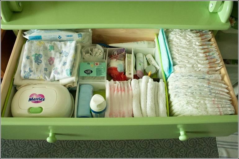 Когда покупать вещи для новорожденного ребенка?