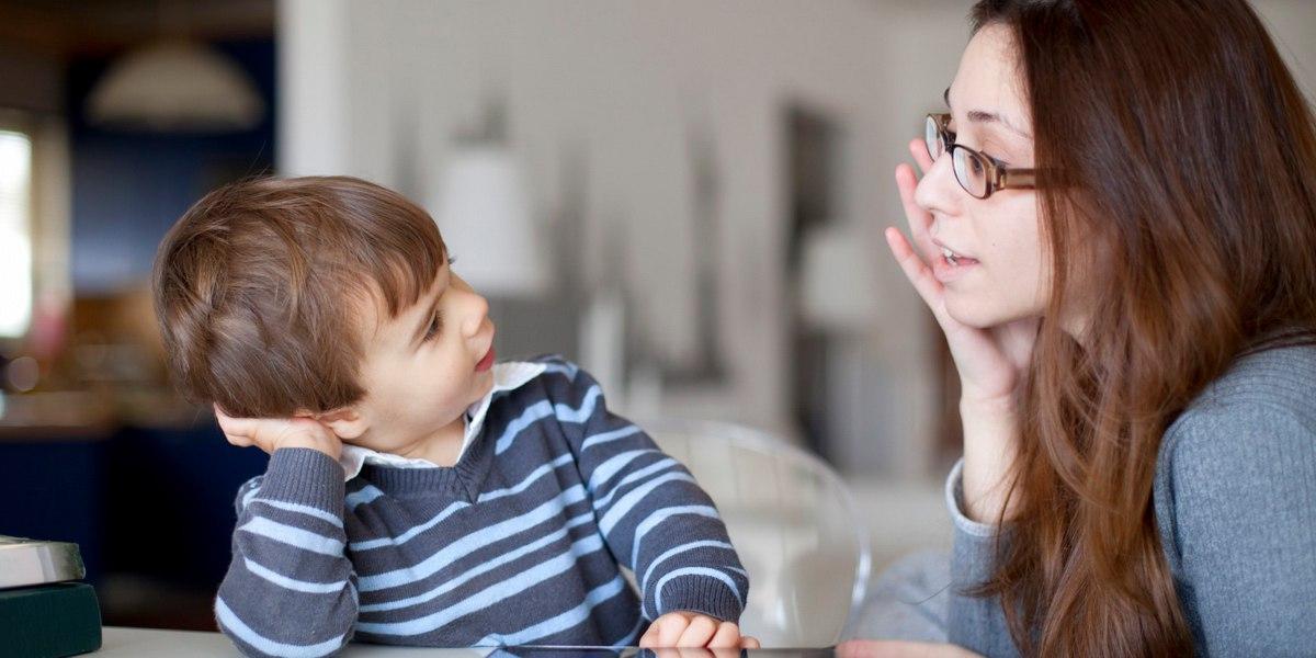 Как вылечить заикание у детей в домашних условиях: причины и лечение