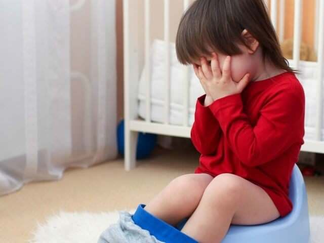 Выпадение прямой кишки у детей: причины и лечение