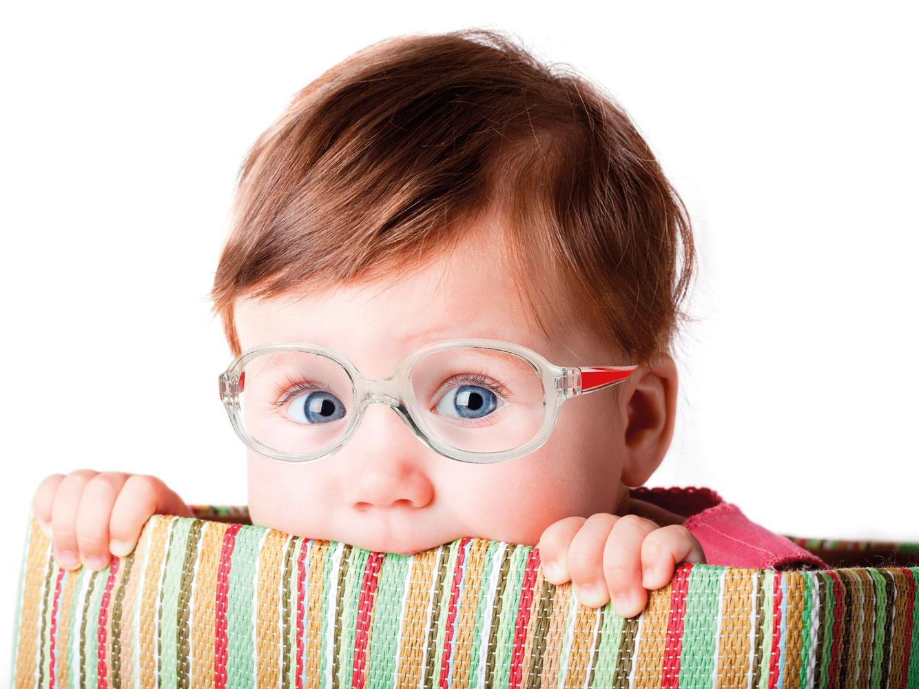 Причины снижения зрения у школьников. почему у детей падает зрение