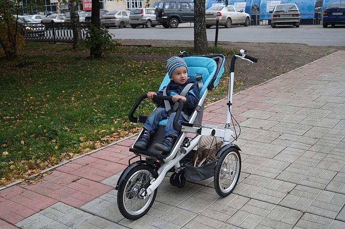 Велоколяска для мамы с ребёнком
