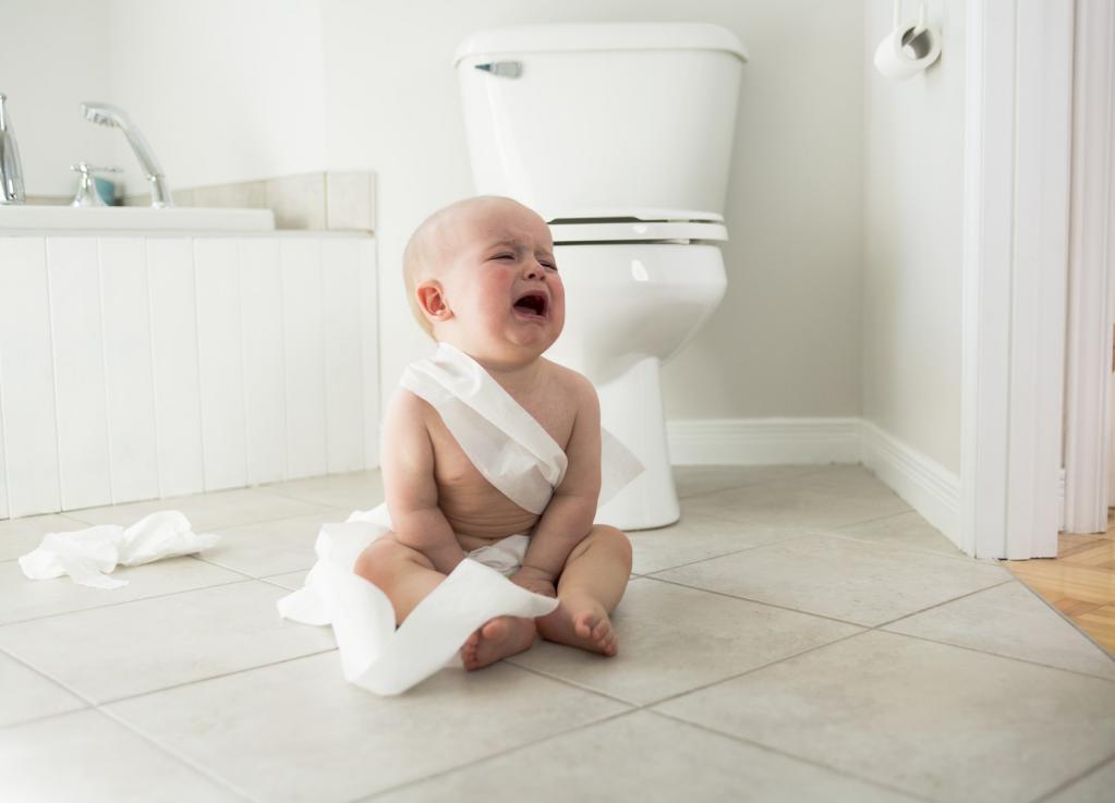 Запор у новорожденного при грудном вскармливании, что делать