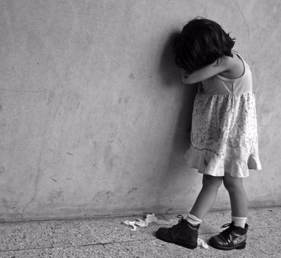 Можно ли оставлять ребенка плакать?