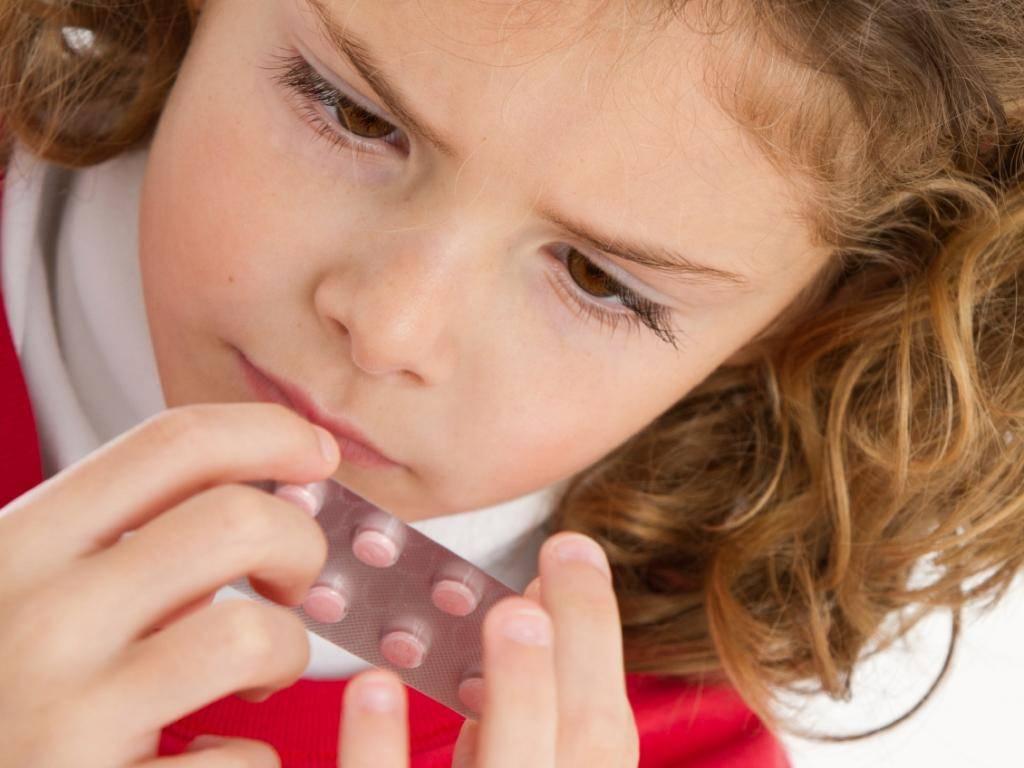 У ребенка отекло горло как лечить - лечение