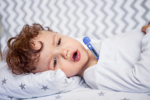 Как дать ребенку лекарство чтобы не выплюнул - советы мамам и папам