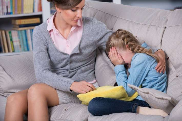 Детские истерики 1, 2, 3, 4 года, как бороться с истериками