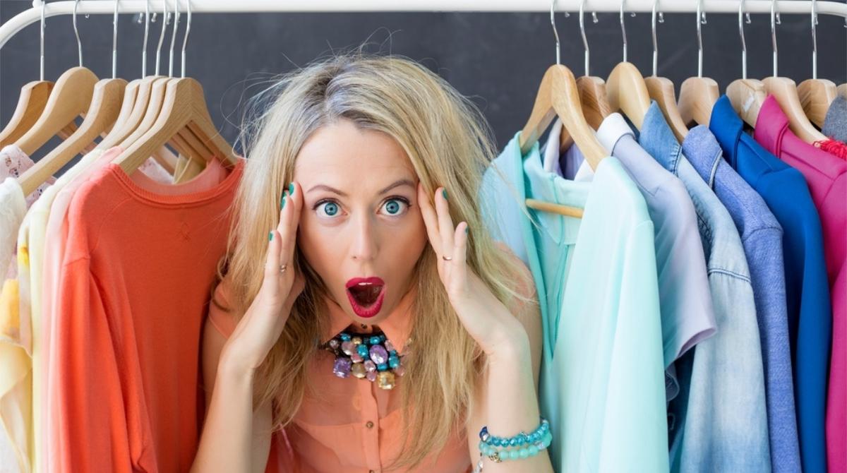 Как ухаживать за детской одеждой (стирка, сушка, глажка, хранение): советы и рекомендации