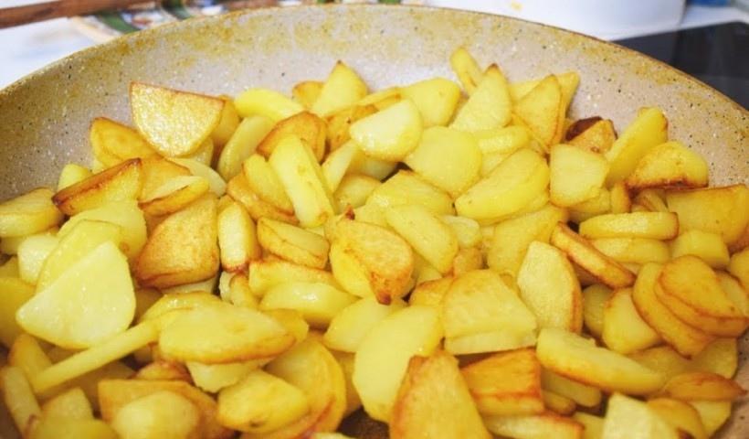 Картофель при грудном вскармливании: можно ли ее есть кормящей маме новорожденного, картошка в первый месяц гв, стоит ли употреблять отварную матерям грудничков