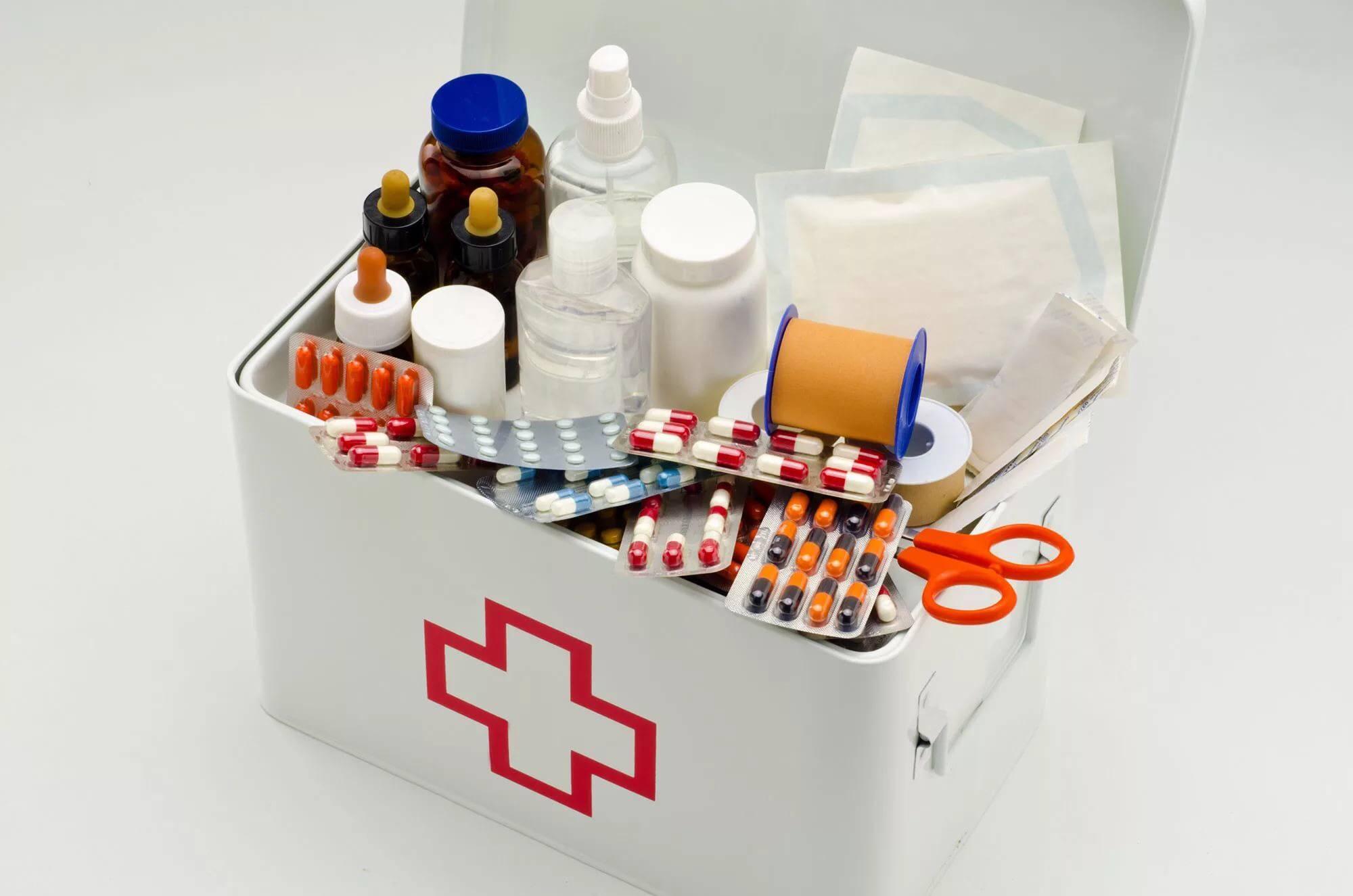 Аптечка на море с ребенком, список лекарств в дорогу, на отдых, за границей   азбука здоровья