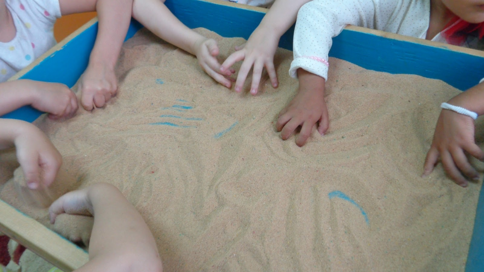 Конспект занятия по песочной арт-терапии. воспитателям детских садов, школьным учителям и педагогам - маам.ру
