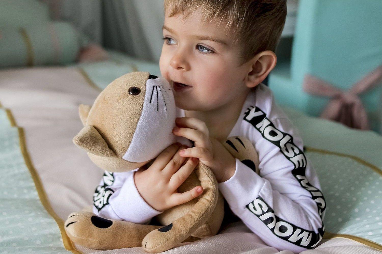 Ребенок играет с вымышленными друзьями. воображаемые друзья у вашего ребенка: кто они и есть ли повод для беспокойства? являются ли видения признаком одиночества