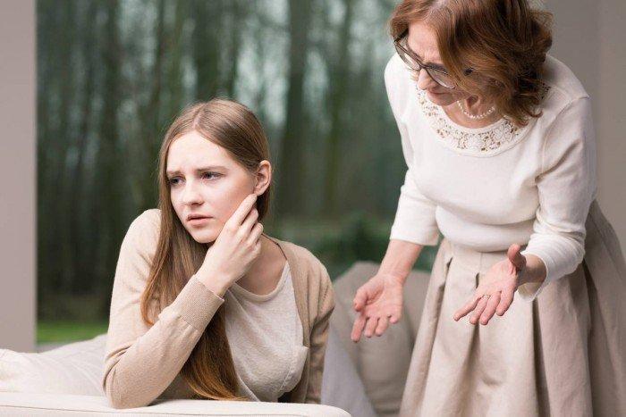 О чем чаще всего спорят мамы в интернете: ТОП-5 самых острых тем