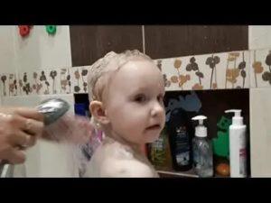 Ребенок боится мыть голову: советы психолога, как помыть голову без слез, что делать, если ребенок не хочет и не дает мыть голову