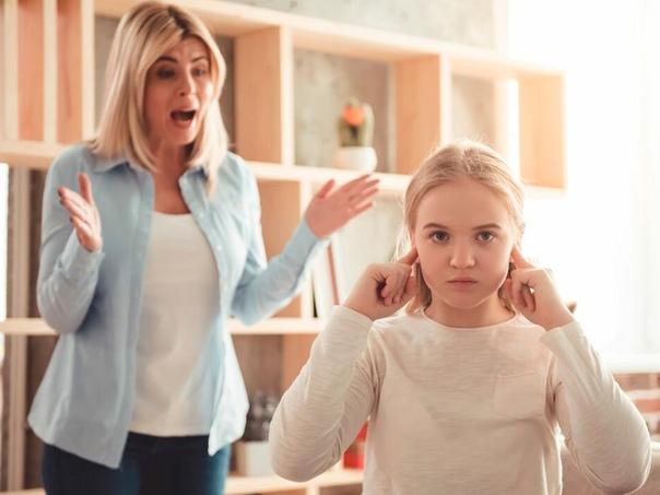 К чему снится кричать на ребенка. почему человек кричит во сне и как это лечить