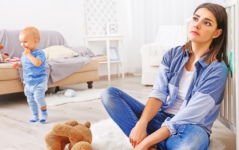 Депрессия в декрете : что делать и как выйти из депресии?